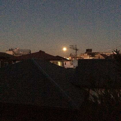 171203_hanateru_moon.jpg